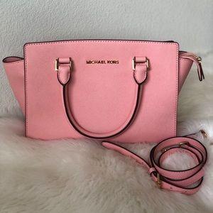 🍒💋 PRELOVED Michael Kors Selma Bag